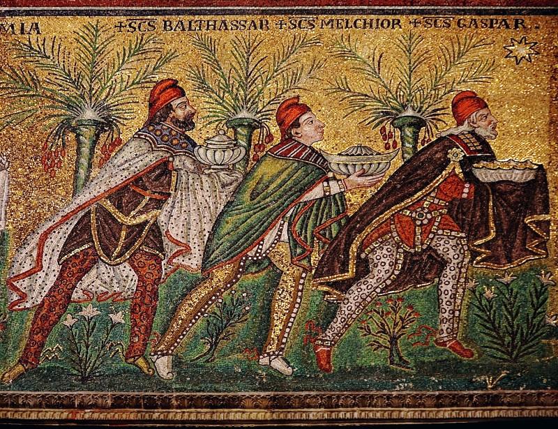 Rois mages bonnets phrygiens Ravenne