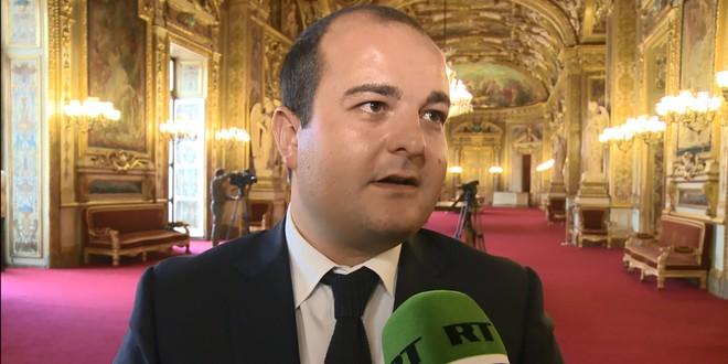 Le sénateur-maire de Fréjus, David Rachline, prône le rétablissement de bonnes relations franco-russes