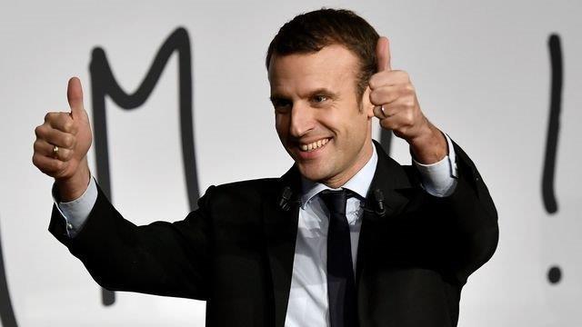 M comme Macron