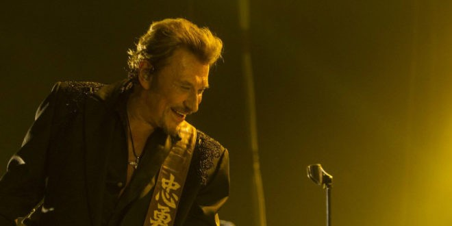 Johnny Hallyday Christ rocker guitare