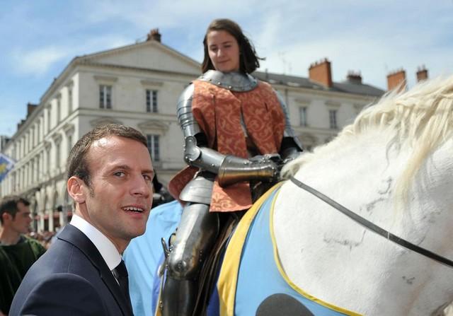 Macron Jeanne Arc