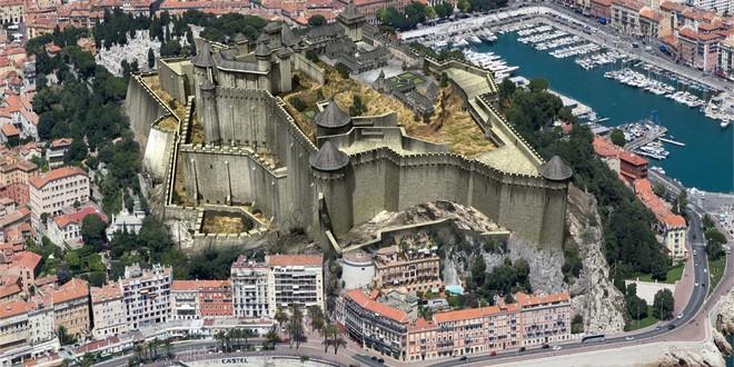 Nice château reconstitution