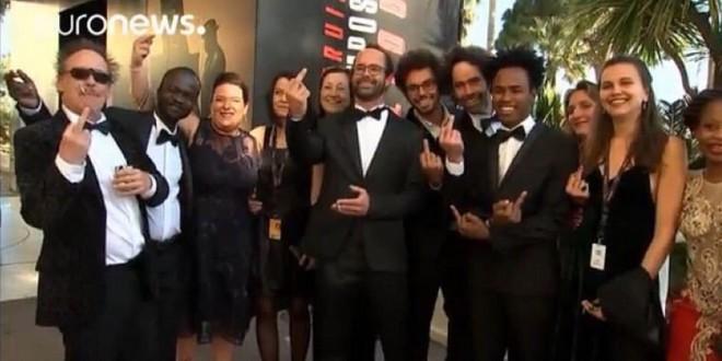 Cédric Herrou doigt honneur Festival Cannes