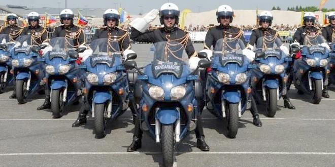 Garde républicaine gendarmerie motards