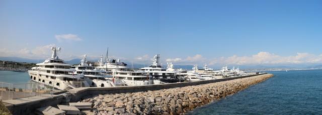 Antibes Quai milliardaires
