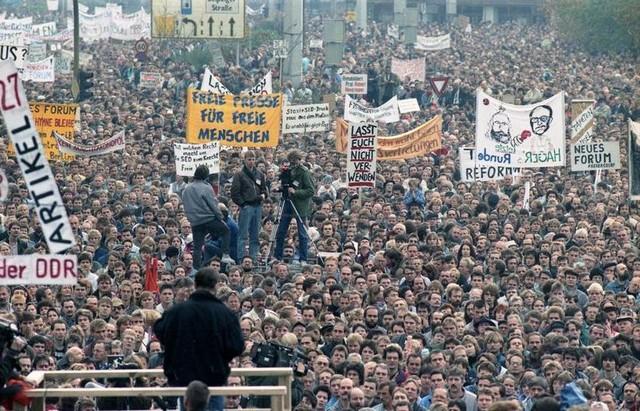Berlin 4 novembre 1989 chute communisme