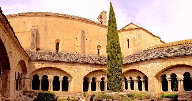 L'abbaye de Ganagobie nous en fait voir de toutes les couleurs…