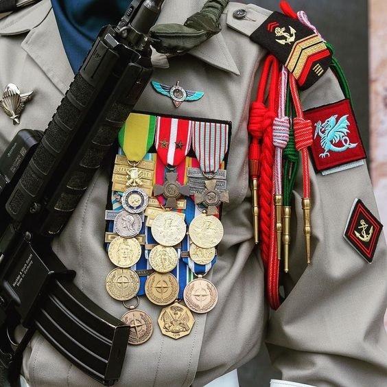 Caporal-chef médailles