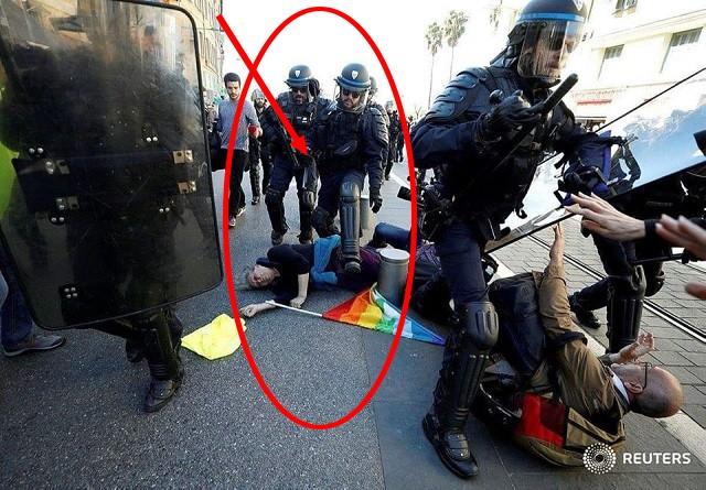Nice-Acte-police-enjambe-manifestante-pacifiste-blessée