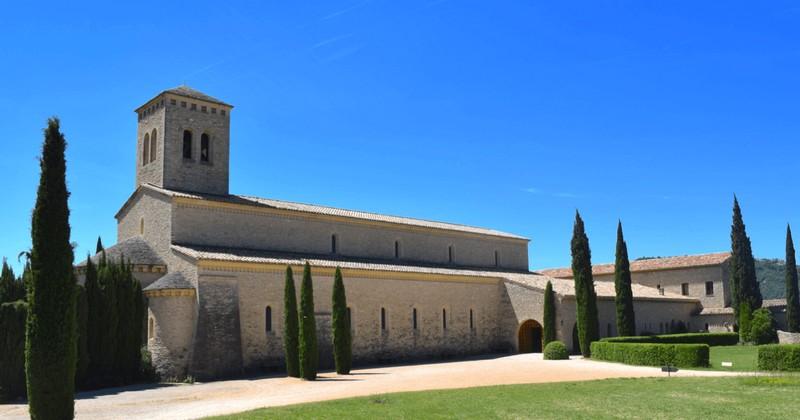 Abbaye Barroux - vue générale