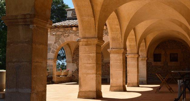 Abbaye Notre-Dame de Bon Secours de Blauvac: petit historique jusqu'à l'installation en Provence