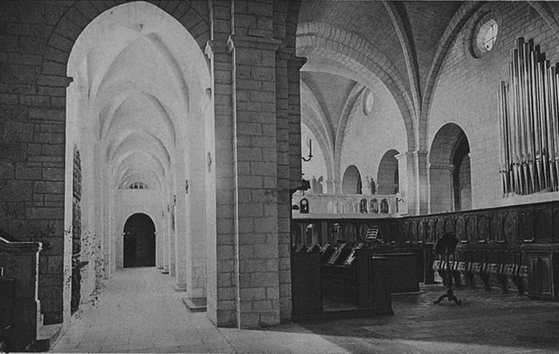 Abbaye Aiguebelle Chœur Religieux Nef XIIe siècle Grignan