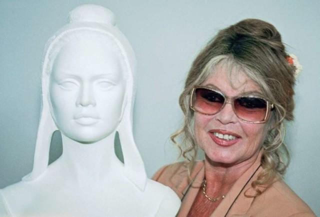 Marianne - Brigitte Bardot