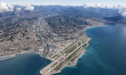 Aéroport de Nice: le grotesque enfumage