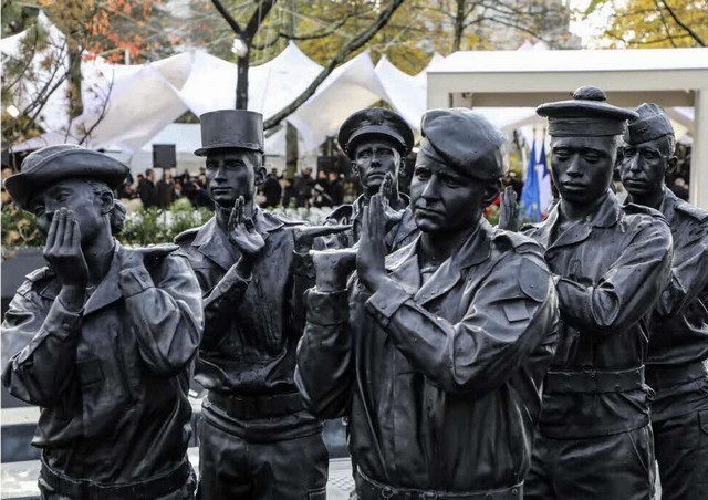 Statue Stéphane Vigny Morts Opex