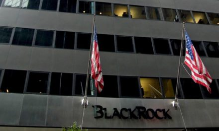 La Légion d'honneur au patron du fonds BlackRock passemal