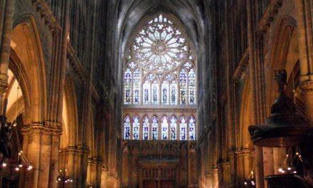 Nouvelle causerie à Toulon: les cathos sont-ils de retour?