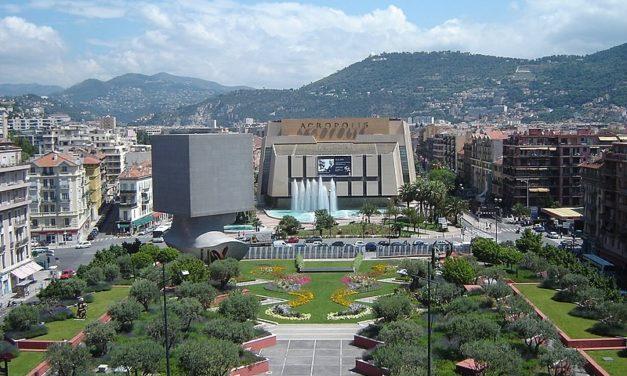 Nice Acropolis: Christian Estrosi se tire une balle dans le pied
