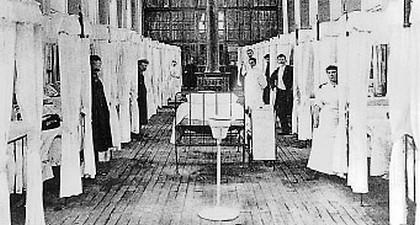 Salle commune hôpital début XXe