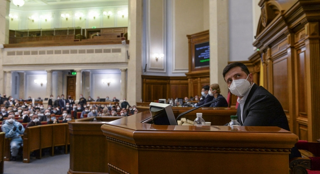 Président ukrainien Volodymyr Zelensky - 30 mars 2020 - séance extraordinaire parlement Kiev