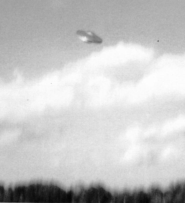 Soucoupe volante - Flying saucer - Caroline sud - 1989