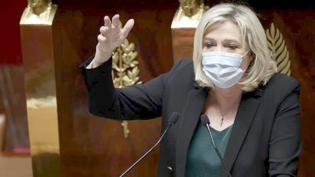 Marine Le Pen - Masque - Assemblee nationale - 1er avril 2021