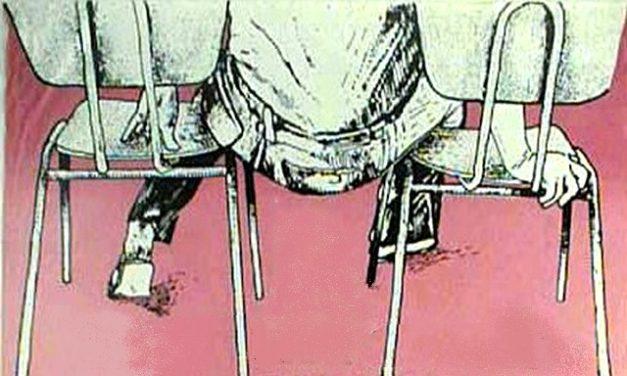 """La <span class=""""caps"""">CGT</span> a le cul entre deux chaises"""
